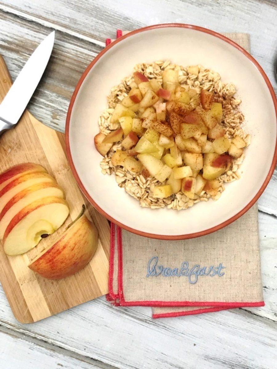Cinnamon Apple Overnight Oats