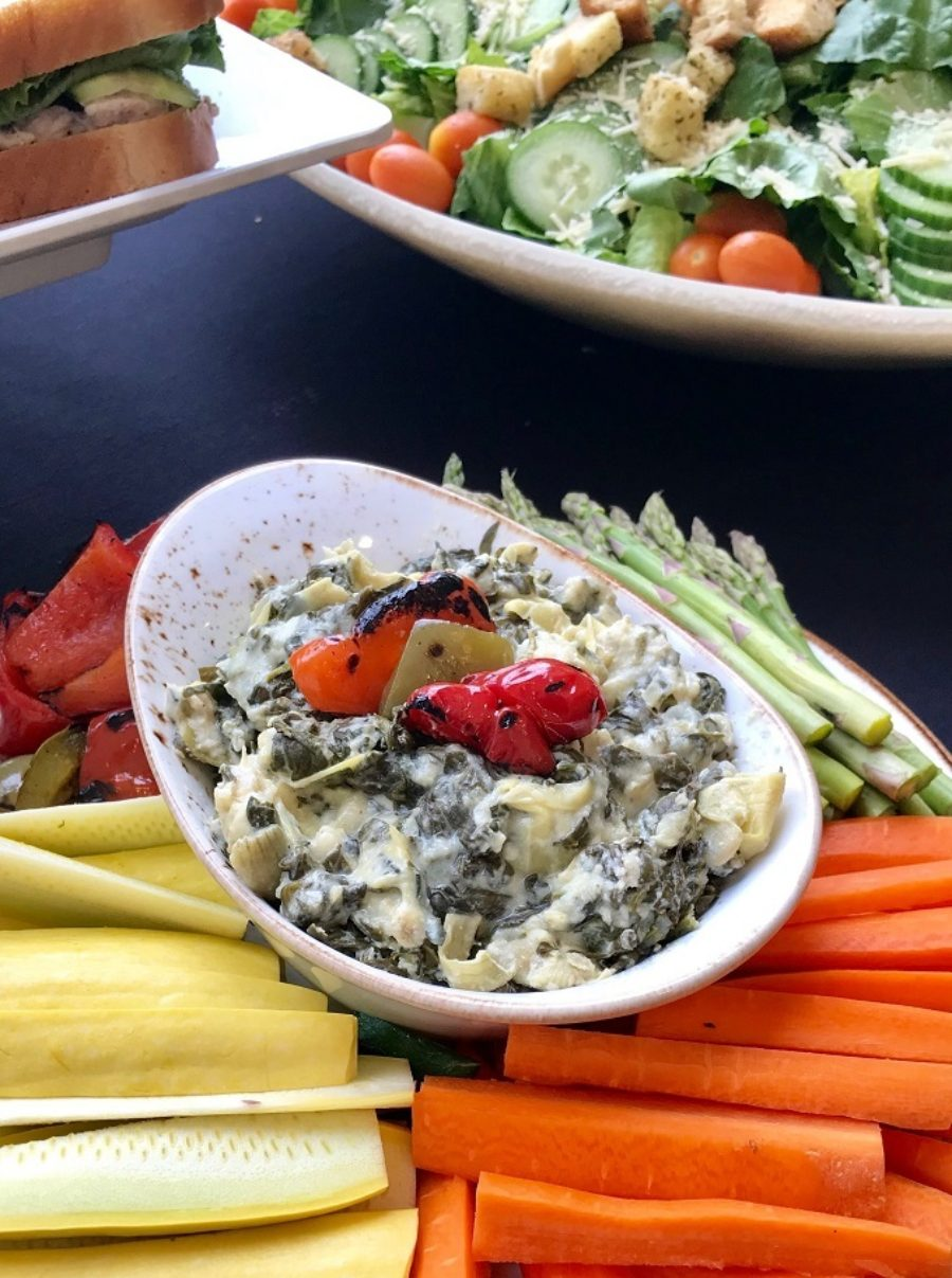 Greek Yogurt Spinach Artichoke Dip