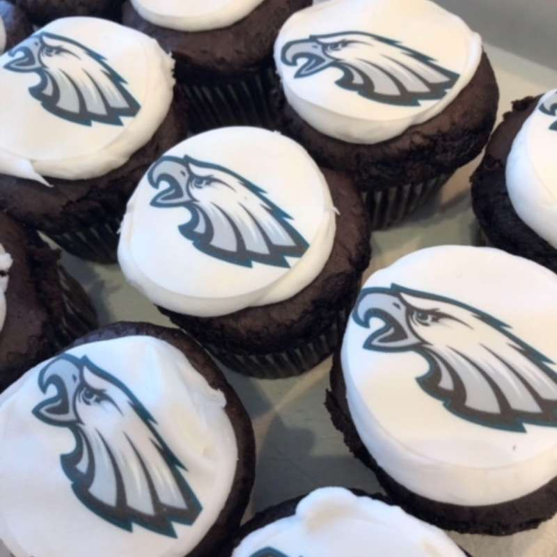 Eagles Cupcakes