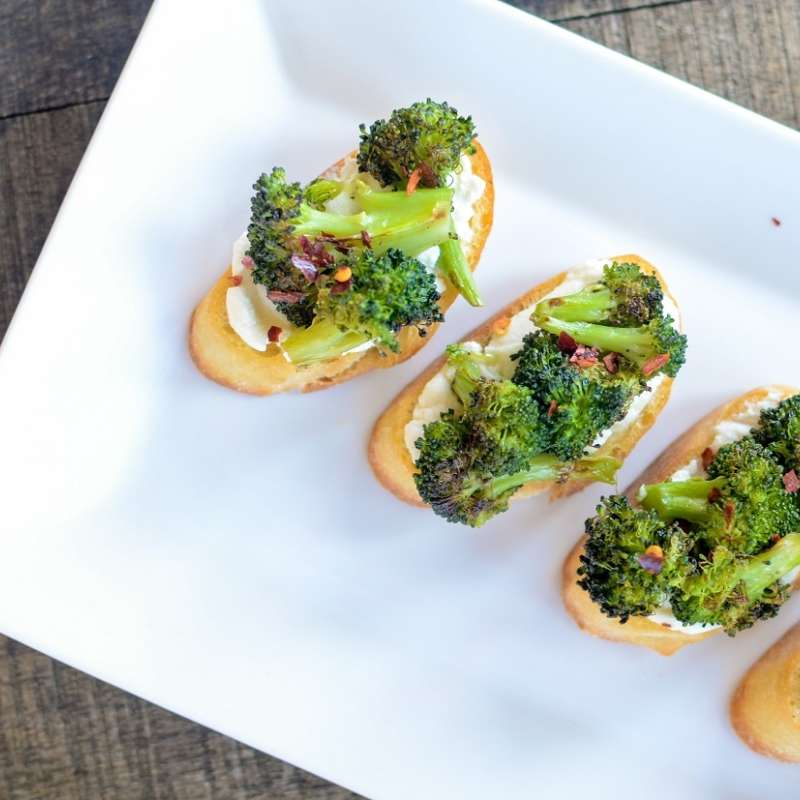 Charred Broccoli Crostini